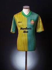 1989-90 Wrexham Away Shirt