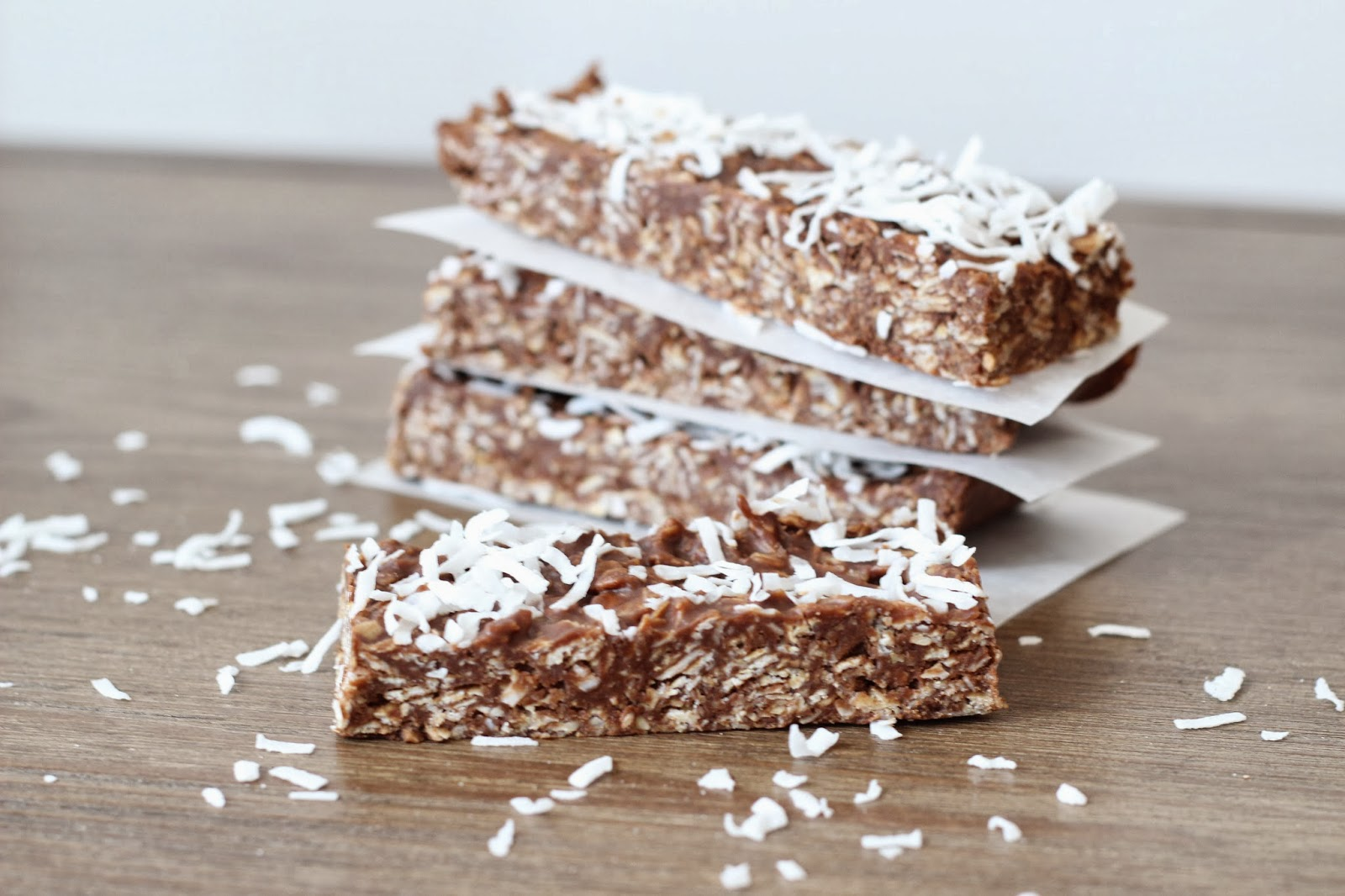 Clean eating Samoa Bars: Coconut, oatmeal, chocolate bars.