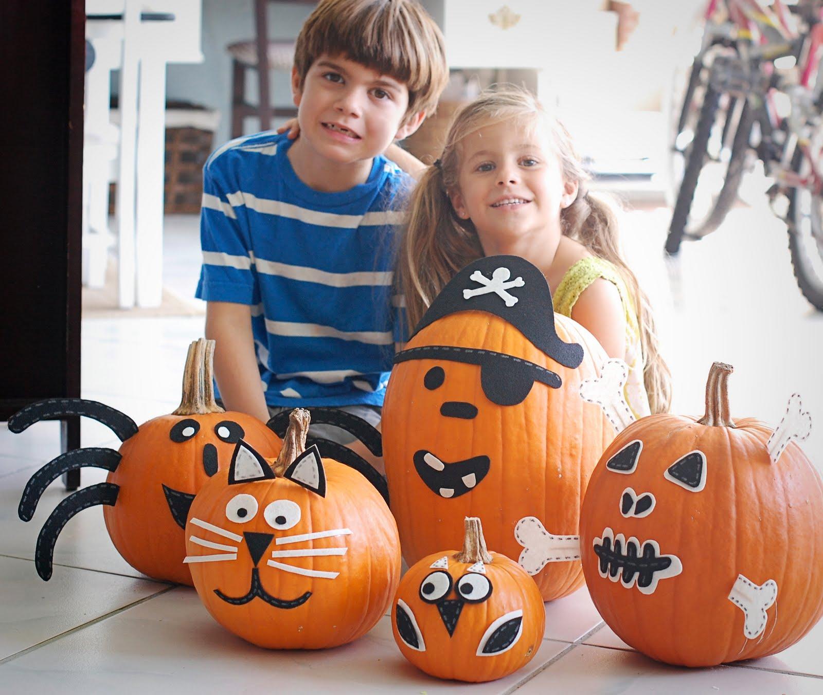 Alternative to pumpkin carving a small snippet - Decorar una calabaza de halloween ...