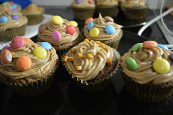 hazelnut/nutella chocolate & caramel chocolate cupcakes