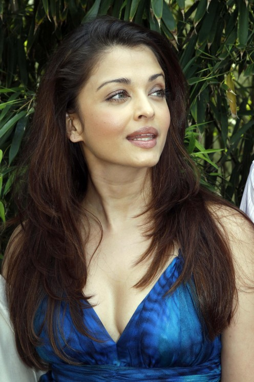 sexy indian actress aishwarya rai 02