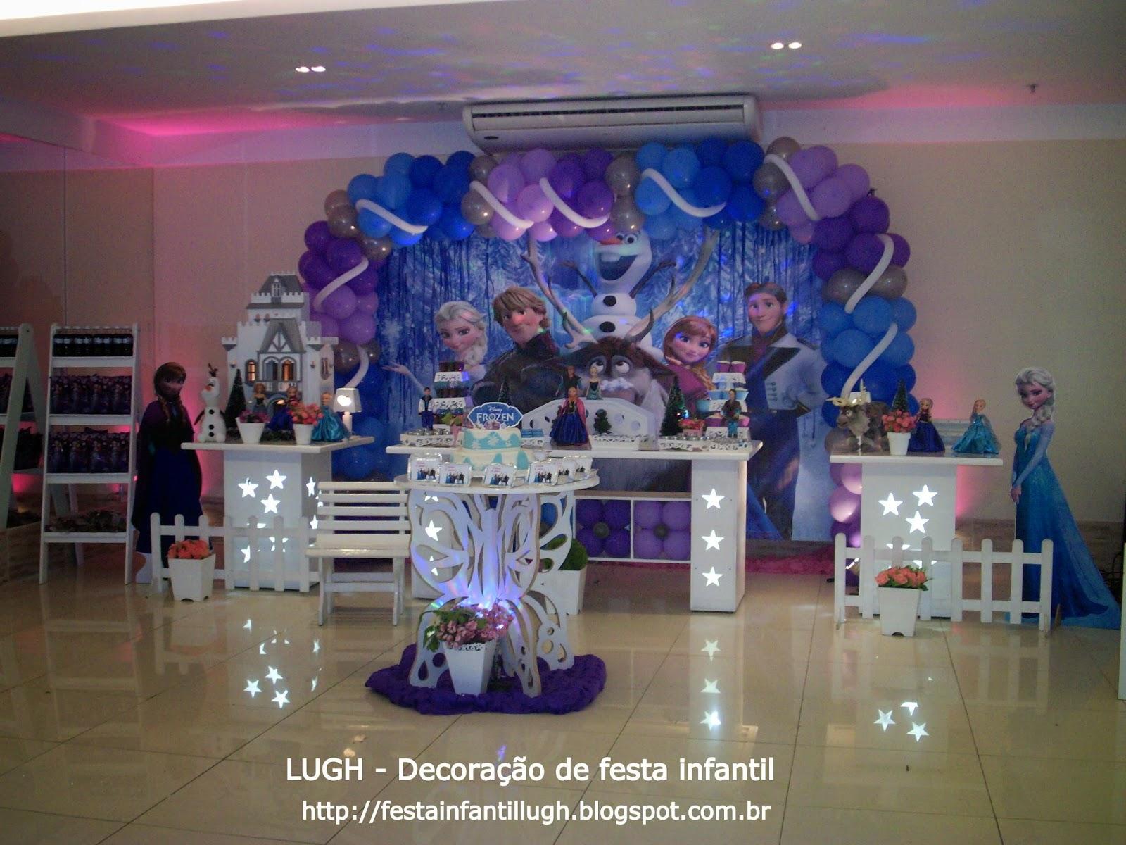 Frozen - decoração de festa infantil para aniversário com o tema da Frozen realizada na Barra da Tijuca no Rio de Janeiro RJ