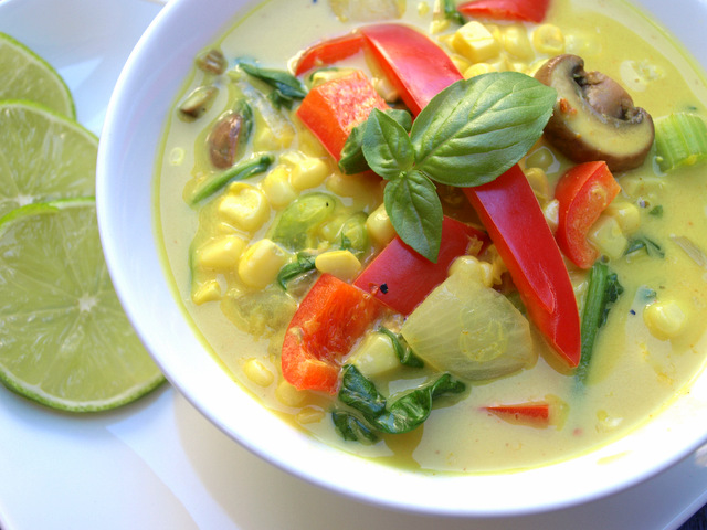 THE SIMPLE VEGANISTA: Spicy Thai Curry Corn Soup