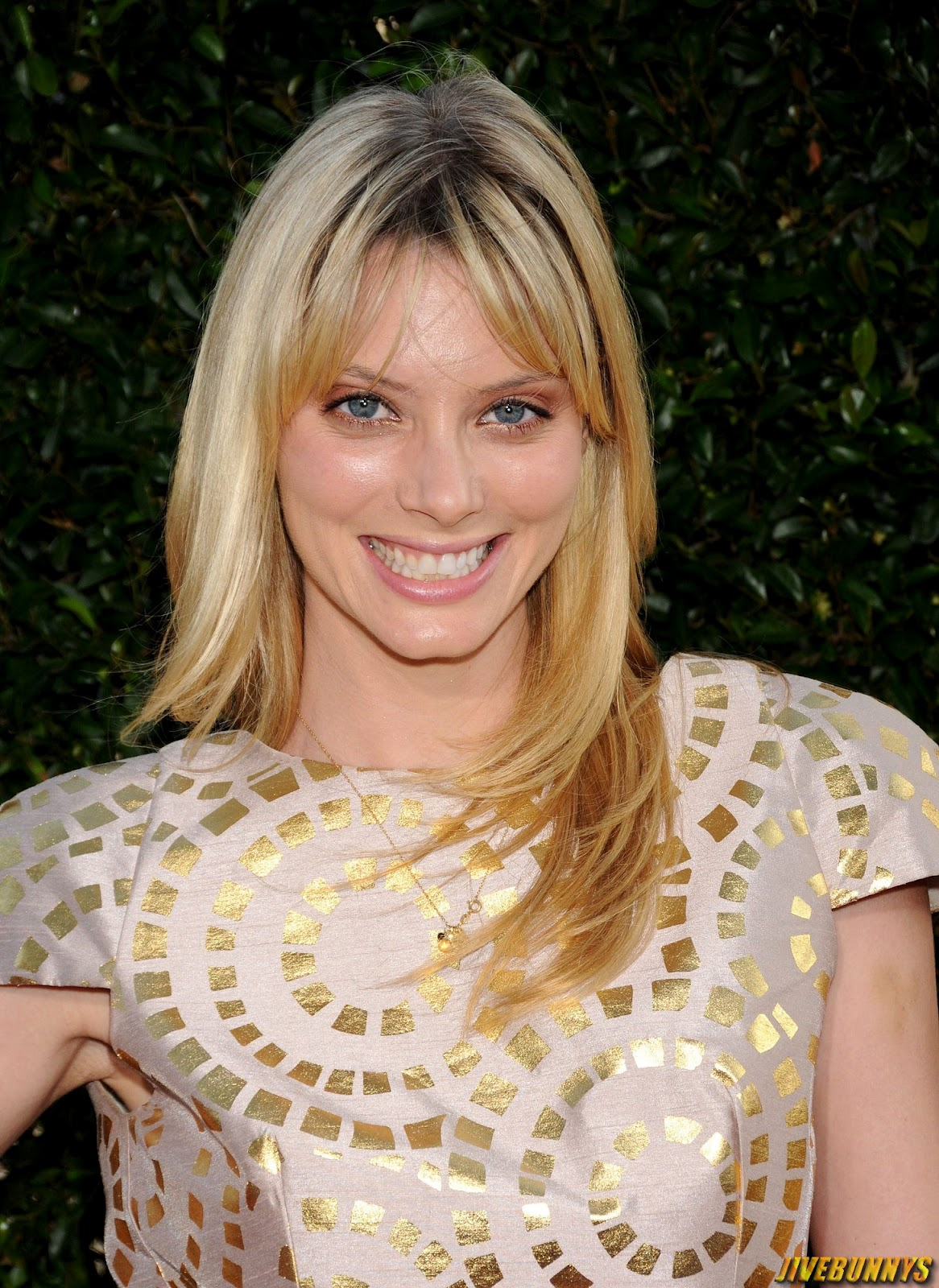April Bowlby GIF http://celebritiesgal.blogspot.com/2012/07/april-bowlby-sexy-actress-photos.html