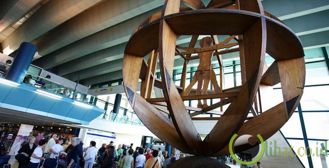 Leonardo da Vinci Airport, Italia