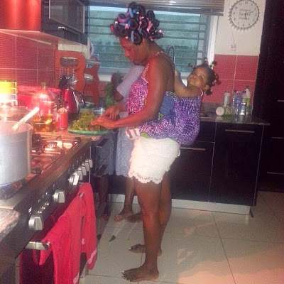 See african queen annie idibia in the kitchen pictured for Kitchen designs in nigeria