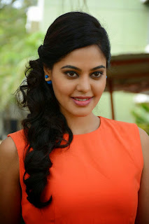 Bindu Madhavi in Spicy Orange Tank Top and Lovely Skirt New Pics