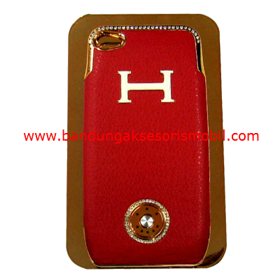 Charging Portable Iphone 4 Hermes