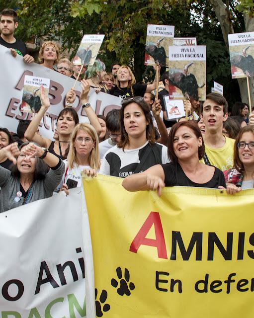 Fiestas del Pilar 2015 Zaragoza - Manifestación Antitaurina -  AntiBullfighter Zaragoza