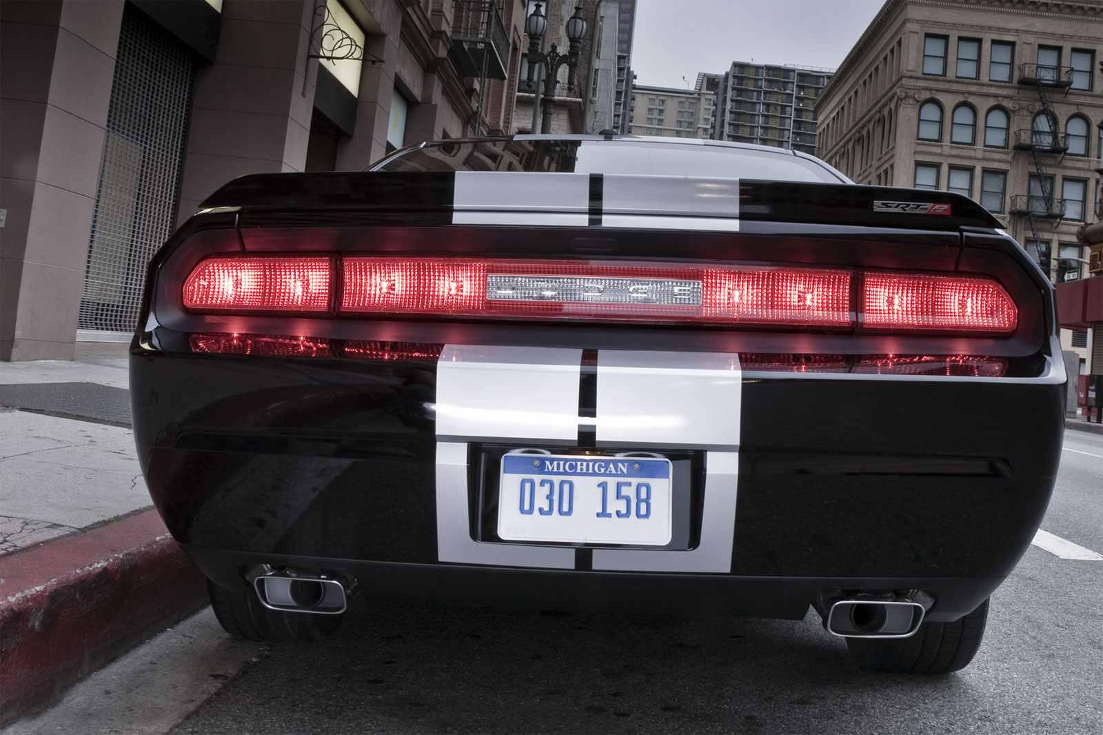 2012 Dodge Challenger Srt8 392 Live Stream
