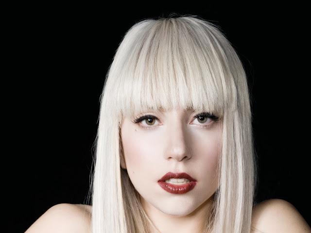 L'album più atteso a novembre 2013 è senza ombra di dubbio Artpop di Lady Gaga