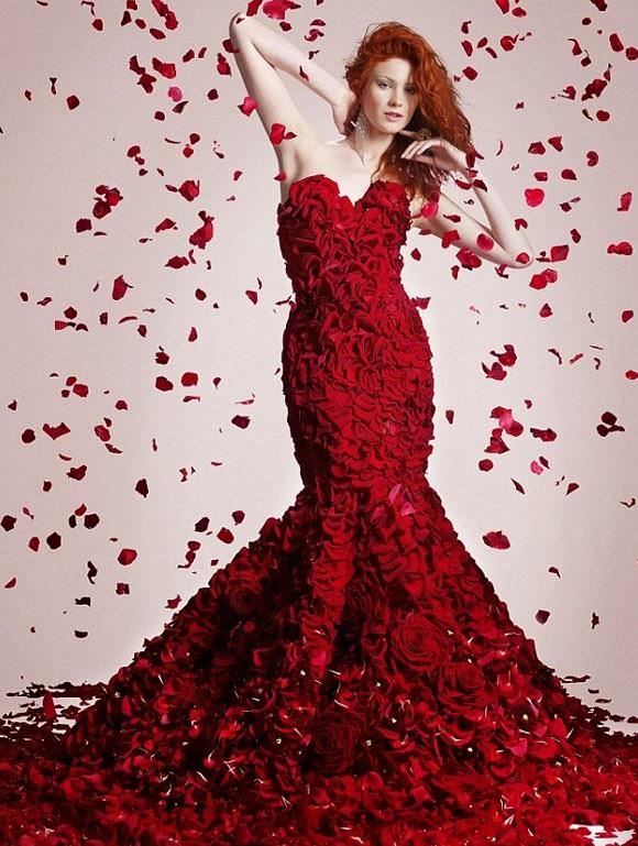 Vestido de rosas rojas