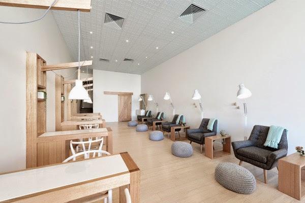 Ilia estudio interiorismo creativo dise o interior de un - Salones de peluqueria decoracion fotos ...
