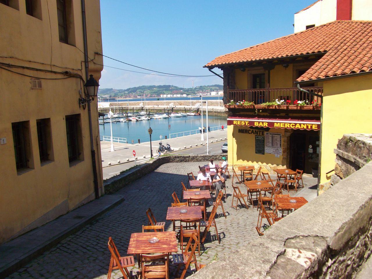 cuesta cholo gijon asturias sidreria puerto