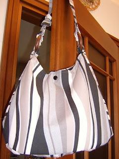 zenske-torbe-online-hobo-torbe-005