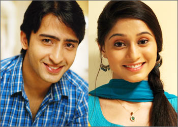 The Cast And Crew Of Navya Celebrated Pletion Episodes