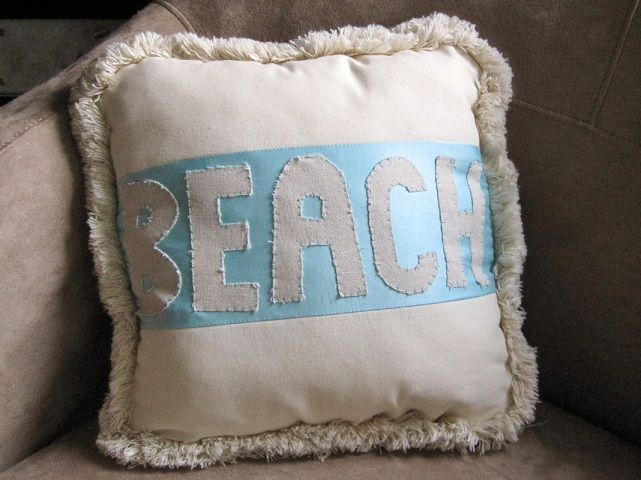 Shabby Chic Beach Pillows : Float Interiors: Shabby Chic Beach Pillow