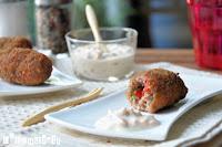 Croquetas de carne con salsa a la criolla