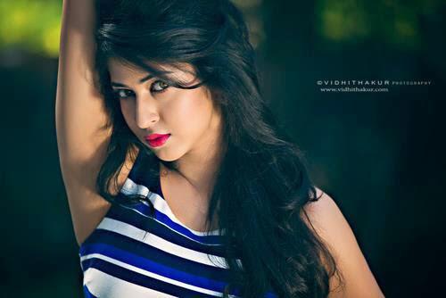 Pemeran Dewi Parvati / Sonarika Bhadori