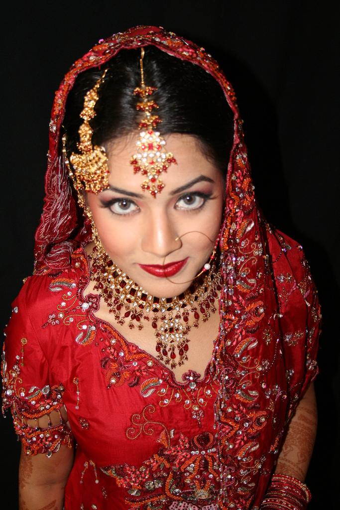 Indian dresses online indian dresses indian embroidered wedding