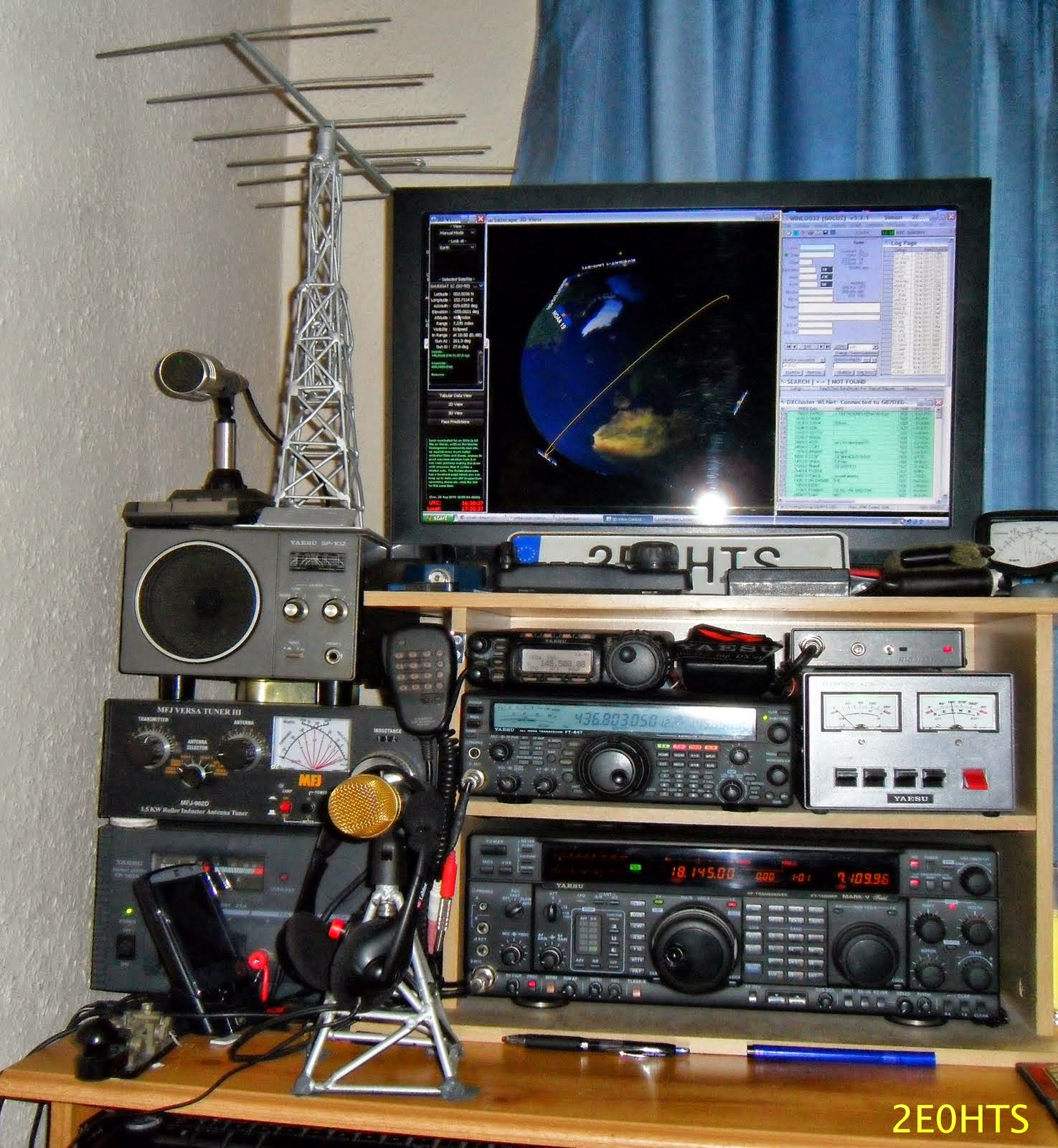 Shack%2BView%2BOf%2B2E0HTS%2BAmateur%2BRadio%2BStations Equipment Used YAESU FT   857. YAESU FT   847. YAESU FT – 1000MP MARK – V