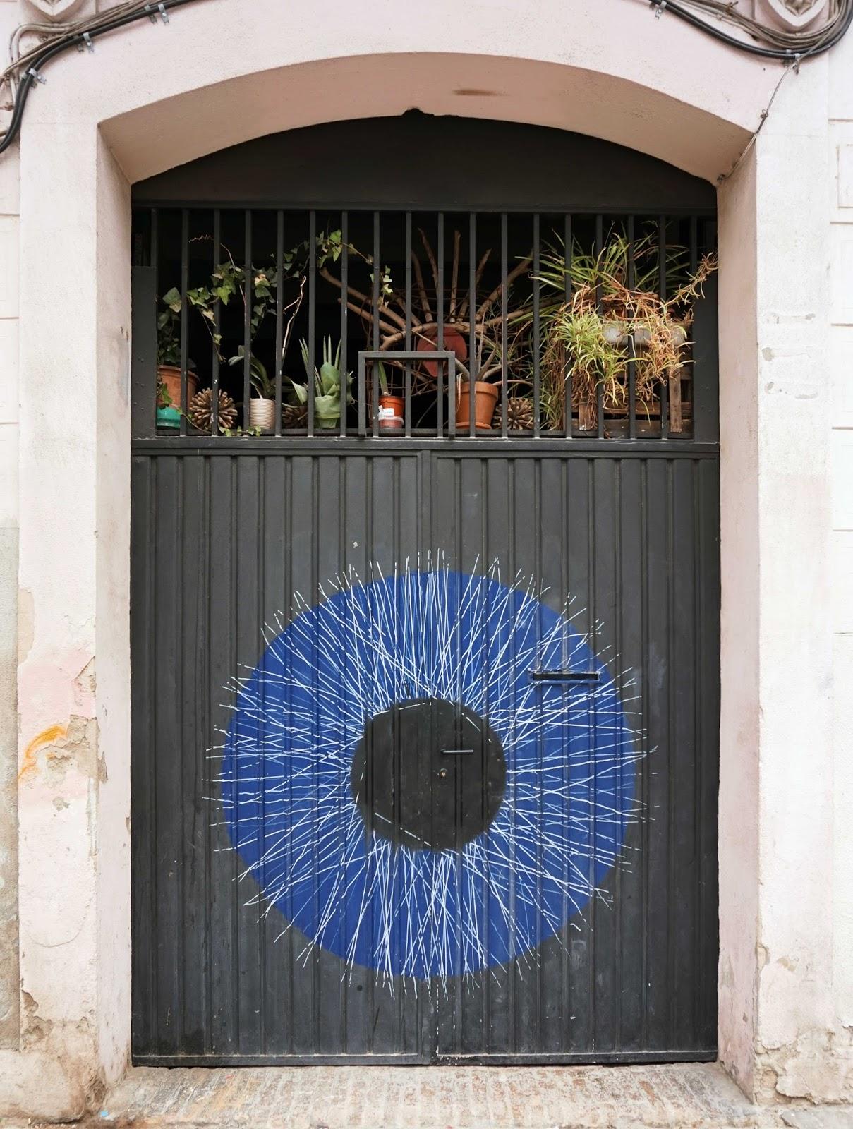 door decoration, the eye of the door