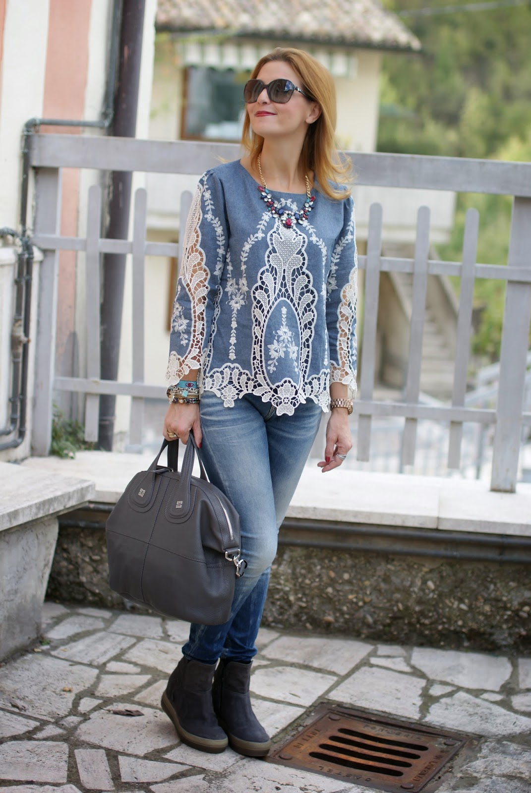 Denim and lace baroque blouse, Chicwish blouse, Studs Hammer Ruco Line boots, Givenchy Nightingale grey, Fashion and Cookies, fashion blogger