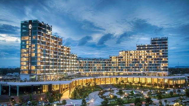 Khách  Sạn FLC Grand Hotel 15 Tầng