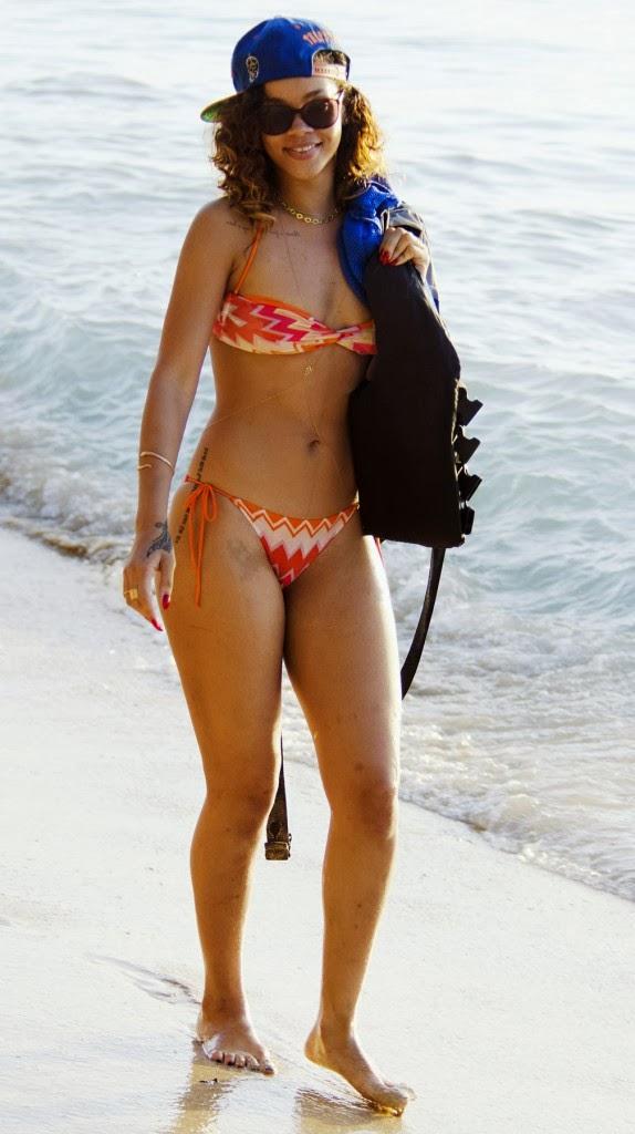 Rihanna bikini vs beyounce bikini