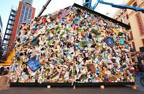 Wow, Hotel Ini Terbuat dari Sampah