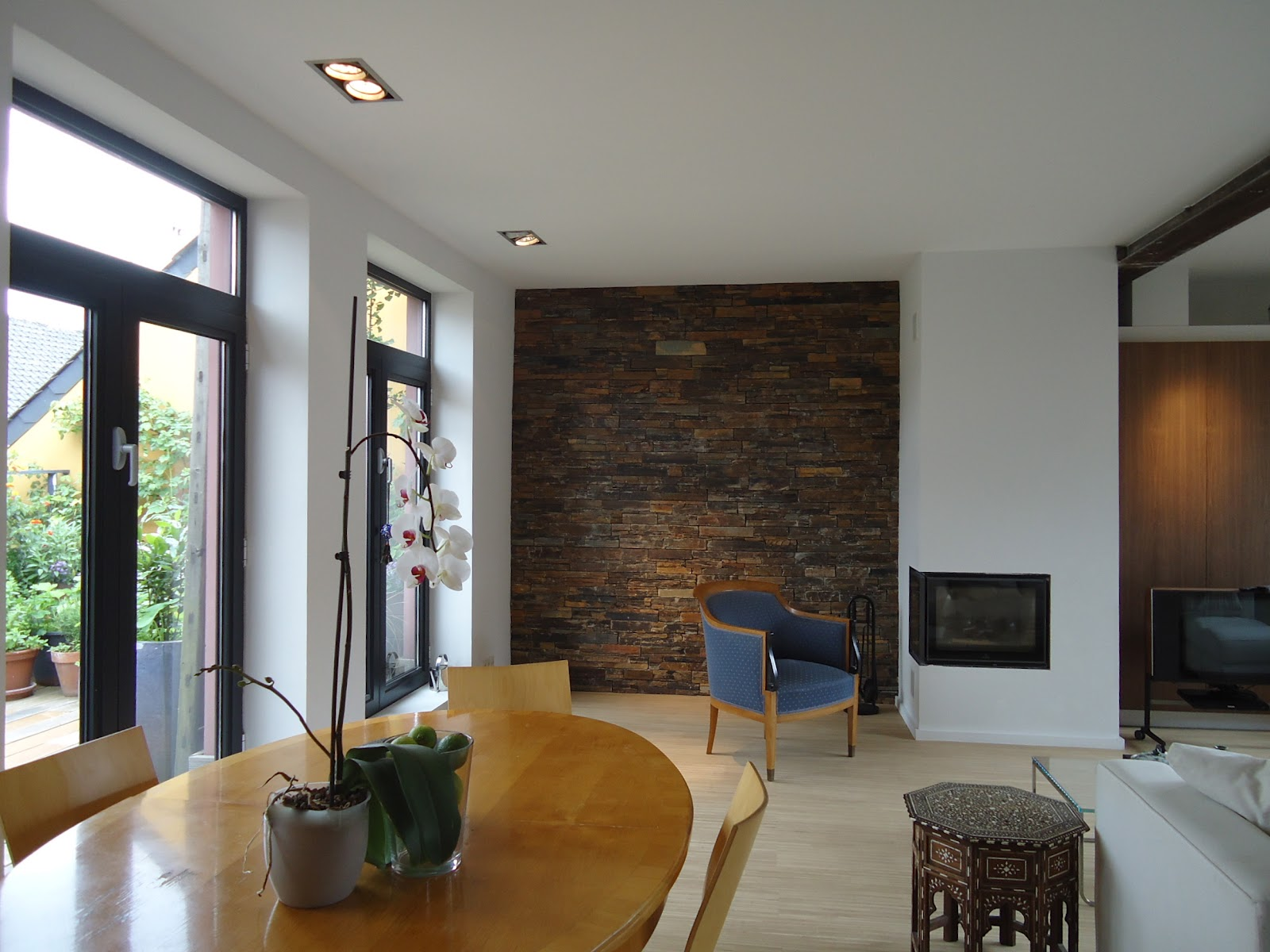 One Of The Three Squares Flint Stone Walls They Provide An Incredible Focal Point In Living Room Bathroom And Entrance
