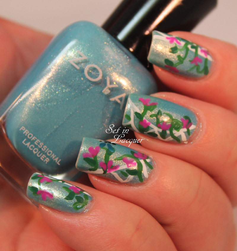 Floral nail art with lattice