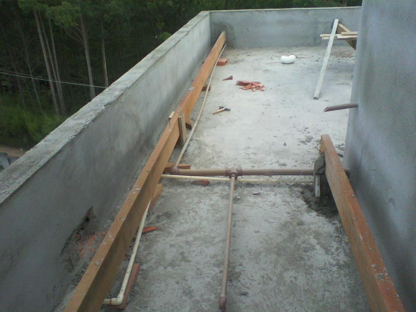 Casa Tony & Ta: Caixa d'agua Instalada e Madeiramento Telhado #826449 1600x1200