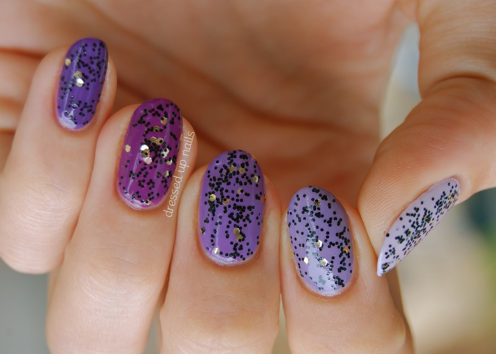 The Appealing Purple nails with glitter Photo