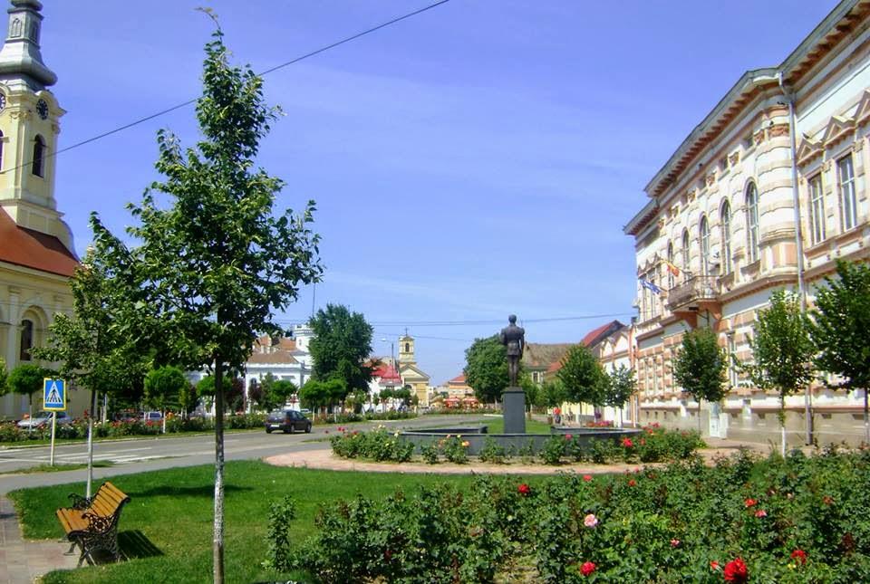 Vedere centrala  a orasului - Sannicolau Mare -
