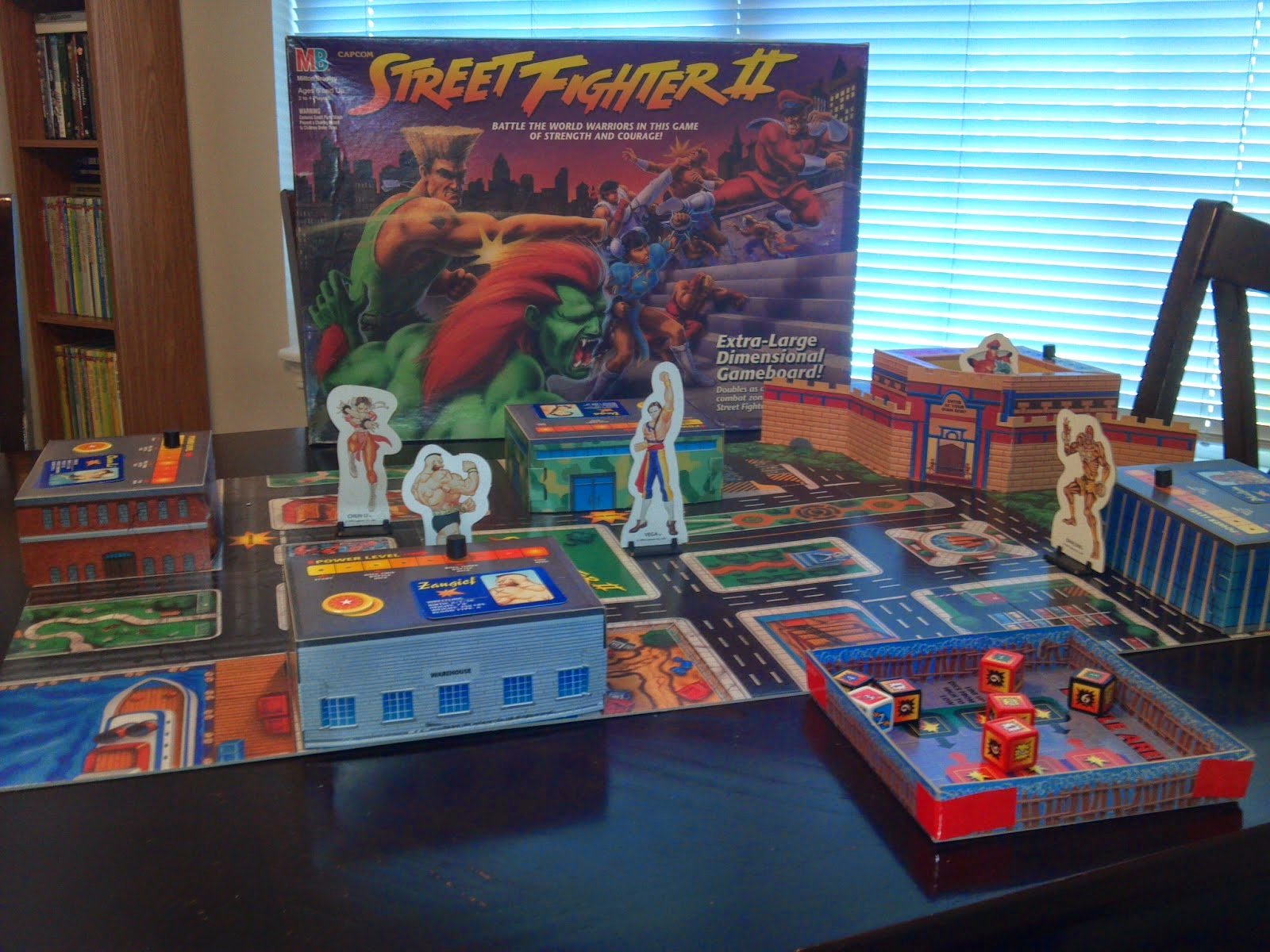 Street fighter kickstarter 4 abril for Not alone juego de mesa