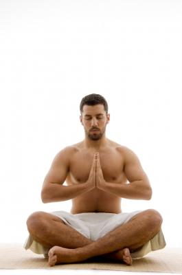 Práctica de la meditación Kirtan Kriya