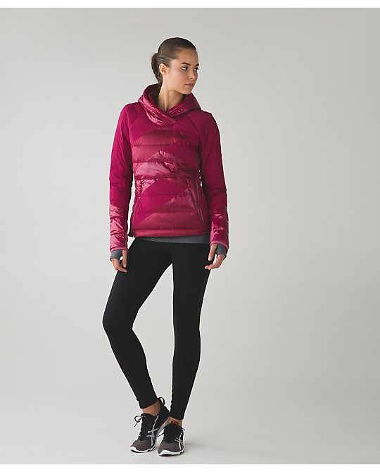 lululemon down-right-cozy-pullover berry-rumble
