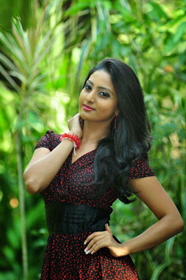 vinu%2Budani%2Bsiriwardana%2B5 Miss Sri Lanka 2012 Vinu Udani Siriwardanas Hot Photo Collection