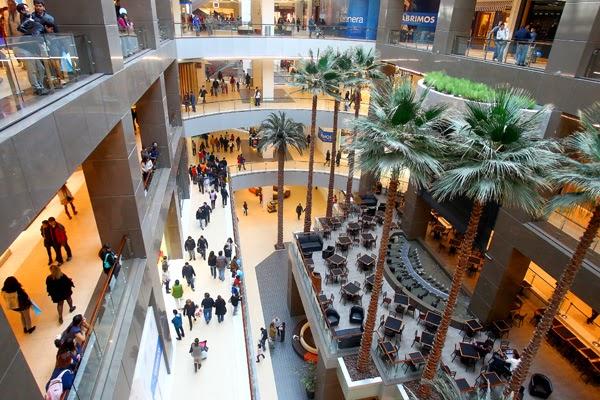 Shopping mall costanera center em santiago do chile for Centros comerciales en santiago de chile