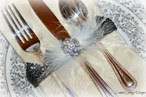 Lace Napkin Holder Crowns