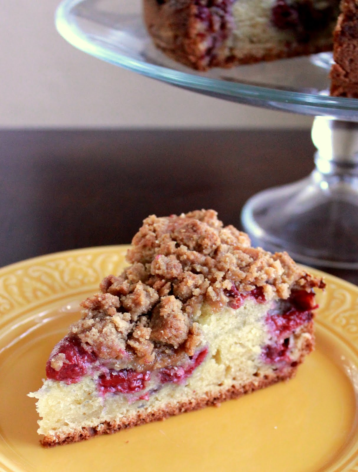 cherry-streusel coffee cake | Lucie Madeleine