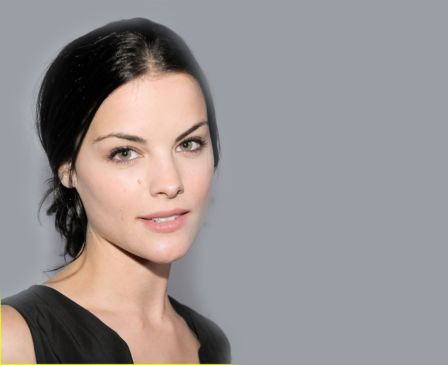 Download this Jaimie Alexander Photo Gallery Wallpapers picture