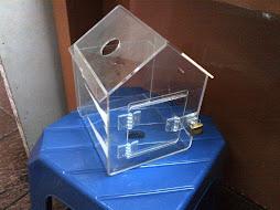kotak amal bentuk rumah