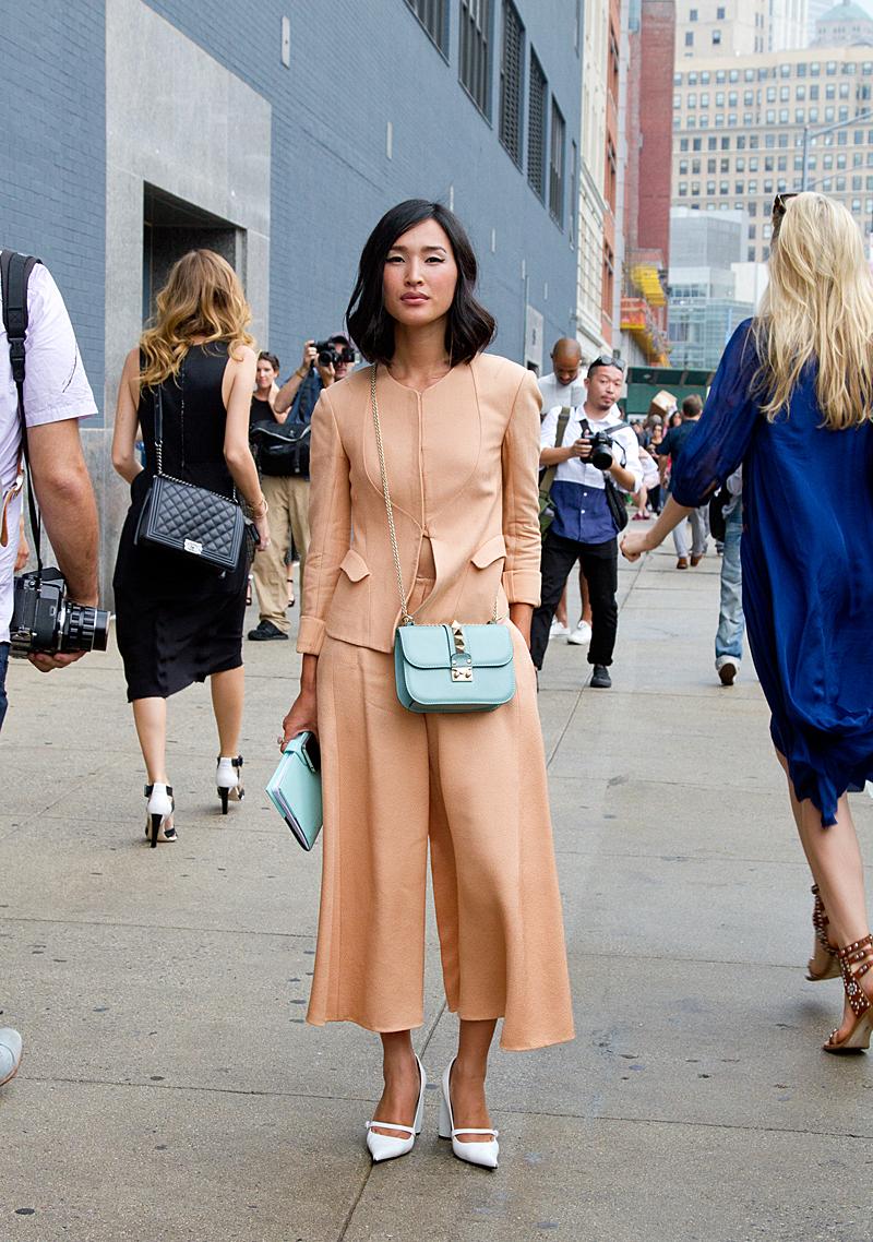 White heels street style