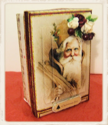 http://straightfromthecraftroom.blogspot.co.uk/2013/12/vintage-santa.html