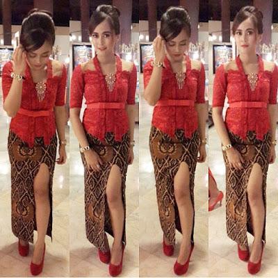 kebaya merah broklat dengna rok batik span