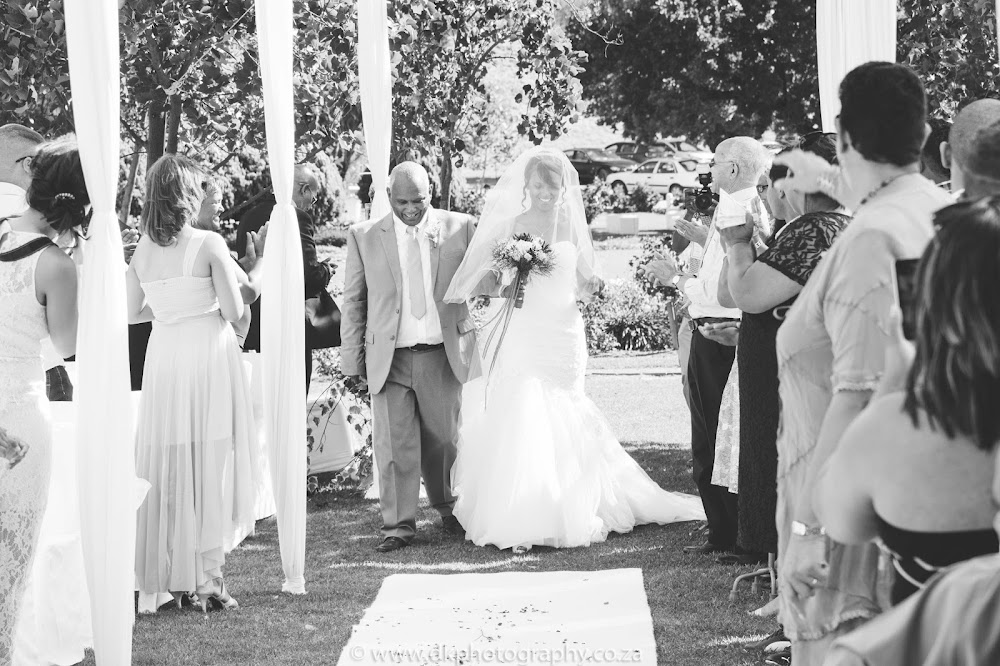 DK Photography CCD_9028 Preview ~ Gretchen & Ruzeed's Wedding in Rhebokskloof Wine Estate  Cape Town Wedding photographer