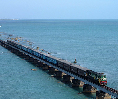 most dangerous railroads in the world Chennai Rameswaram Route India 8 Jalur Kereta Api Paling Berbahaya di Dunia