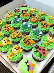 Labuan Cupcakes - Buttercream Frosting and Fondant Deco
